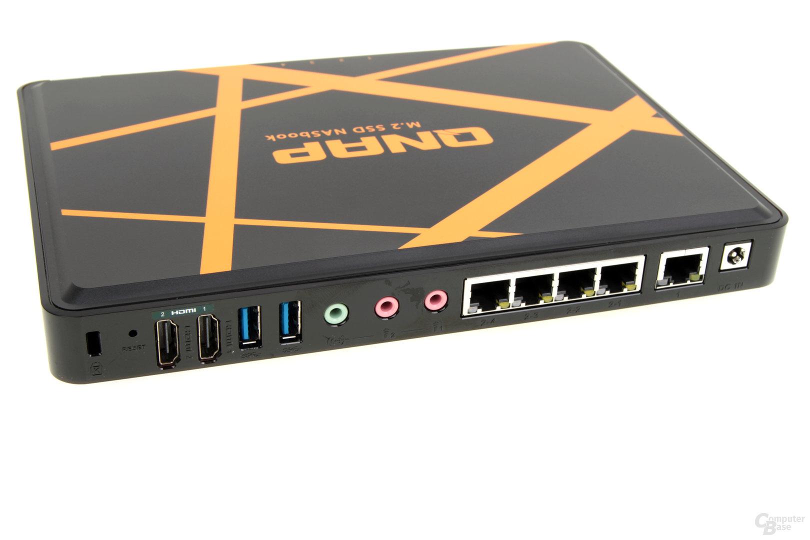 QNAP TBS-453A – HDMI, USB, Audio und LAN an der Rückseite