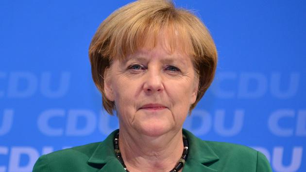 Kanzlerin Merkel: Beschleunigter Aufbau der Entschlüsselungsbehörde