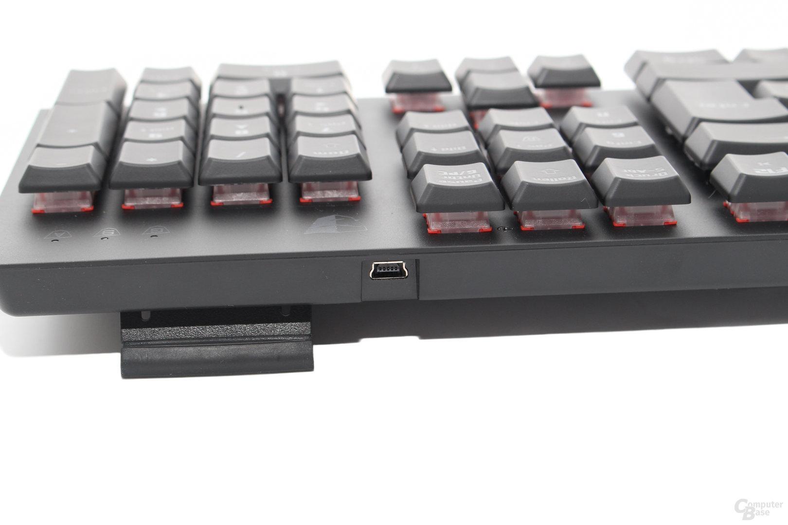 Mini-USB-Stecker auf der Rückseite