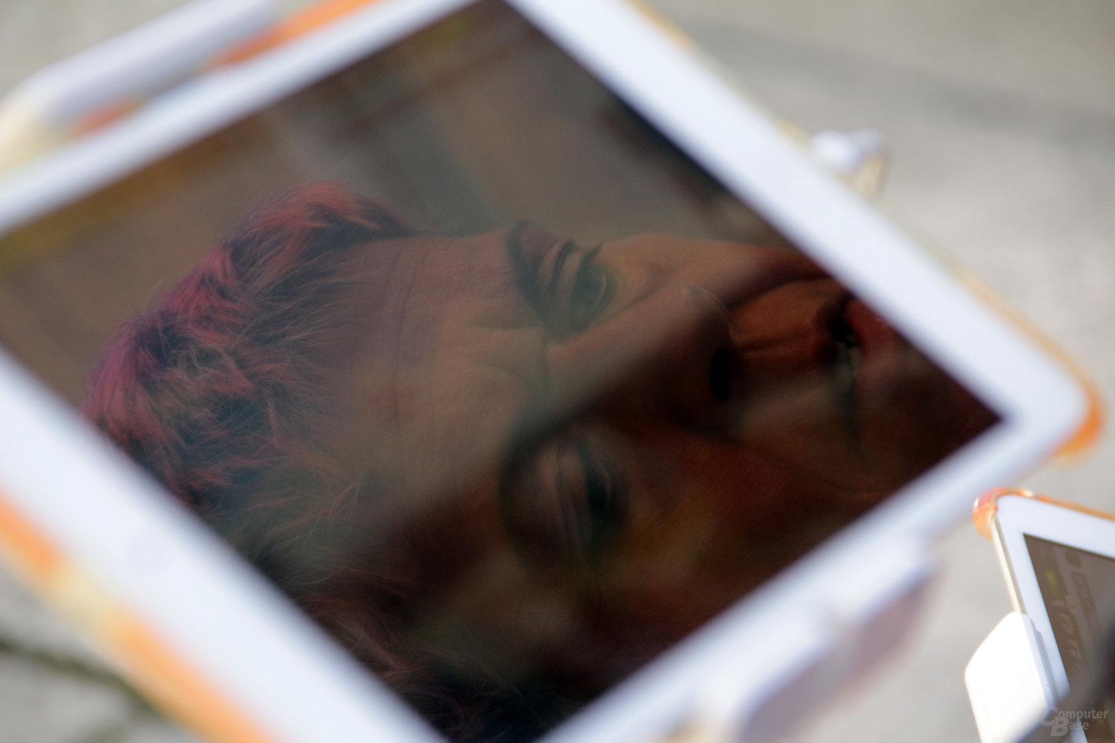 Andrea Künstle kann die Kamera-Einstellungen in Echtzeit verändern