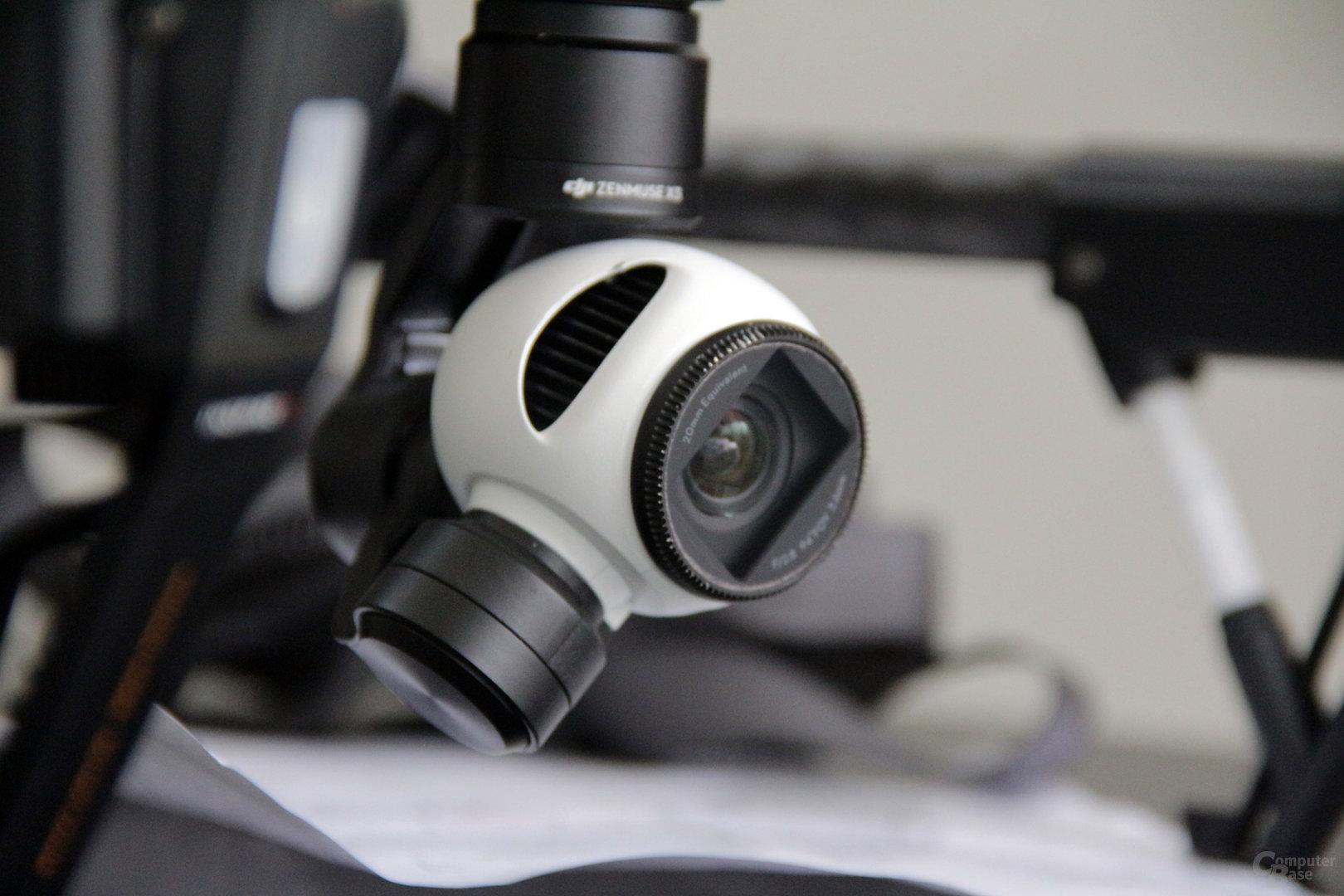Der Zenmuse X3 Gimbal mit 12,4 MP-Kamera
