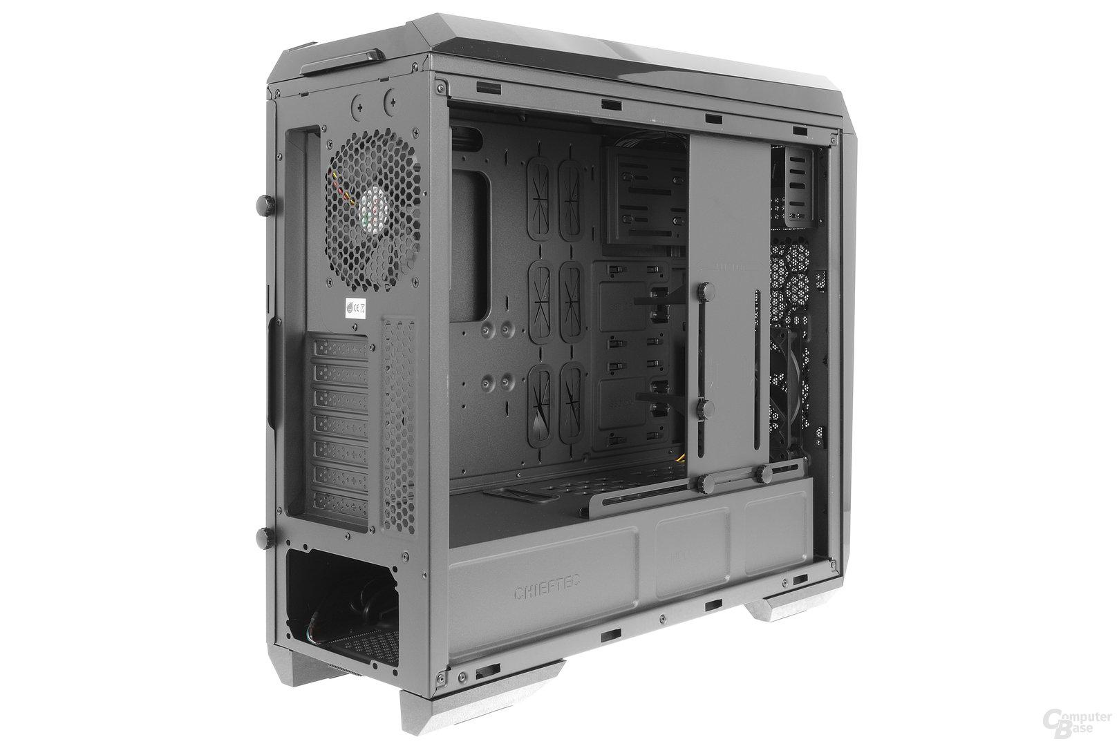 Chieftec GP-01B – Seitliche Innenraumansicht