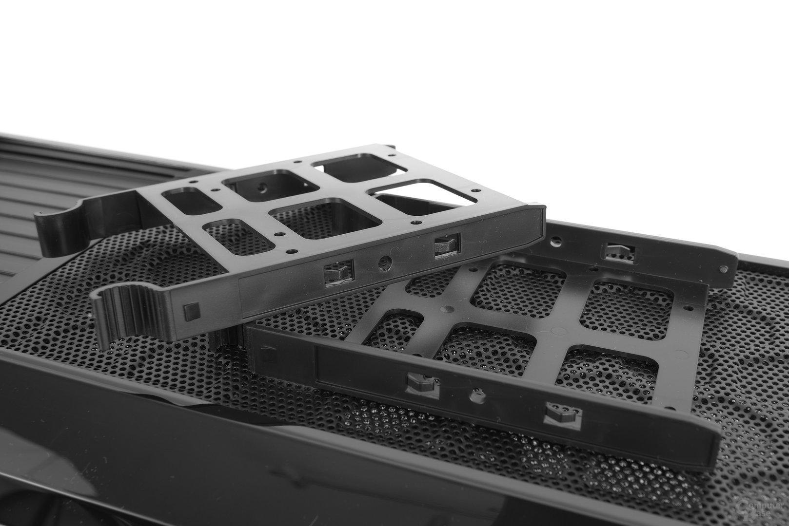 Chieftec GP-01B – Festplattenschienen im Detail