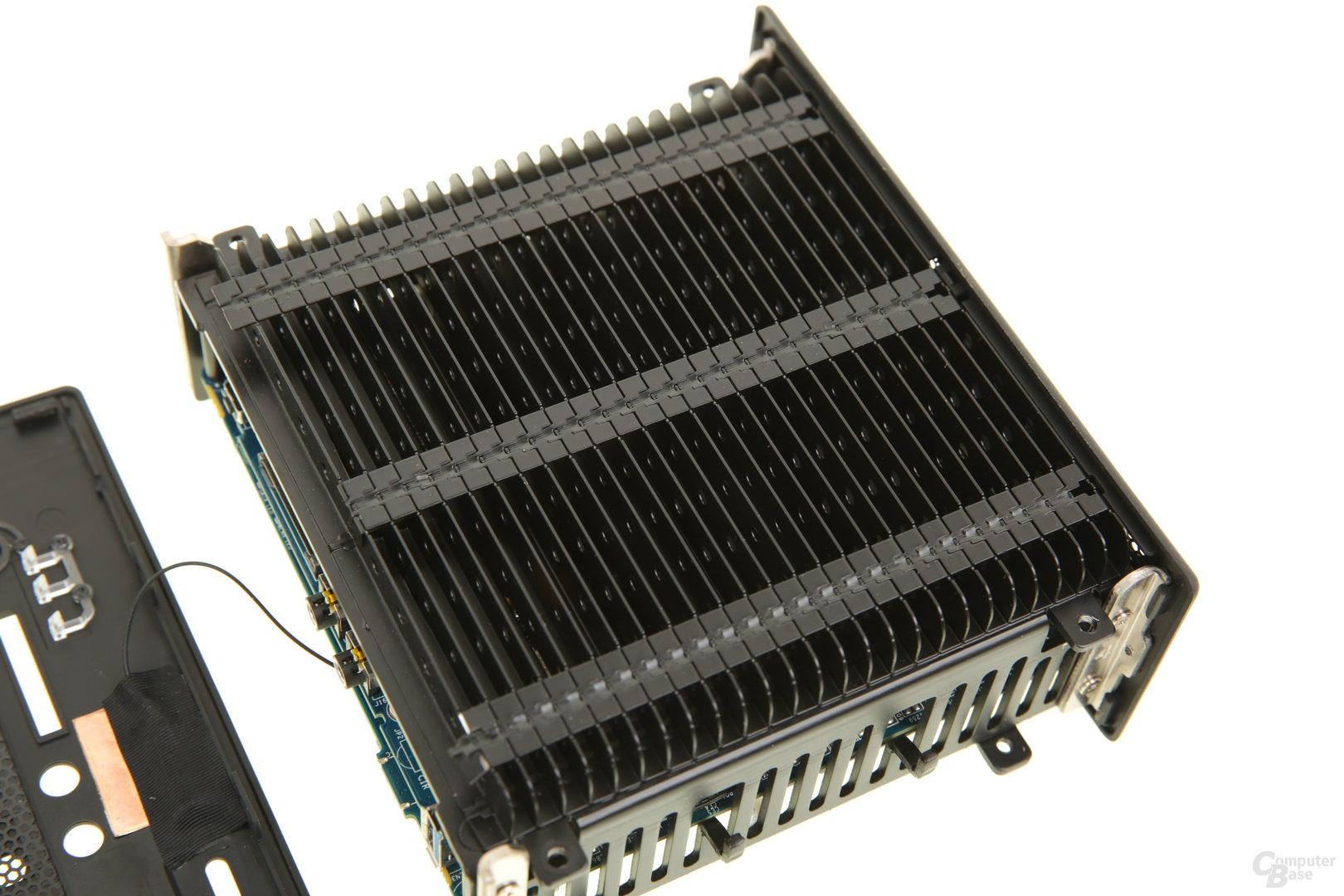 Zotac Zbox nano CI543 mit voluminöser Kühlfläche