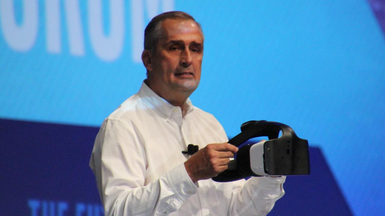 Project Alloy: Intel kombiniert VR-Brille mit RealSense-Kameratechnik