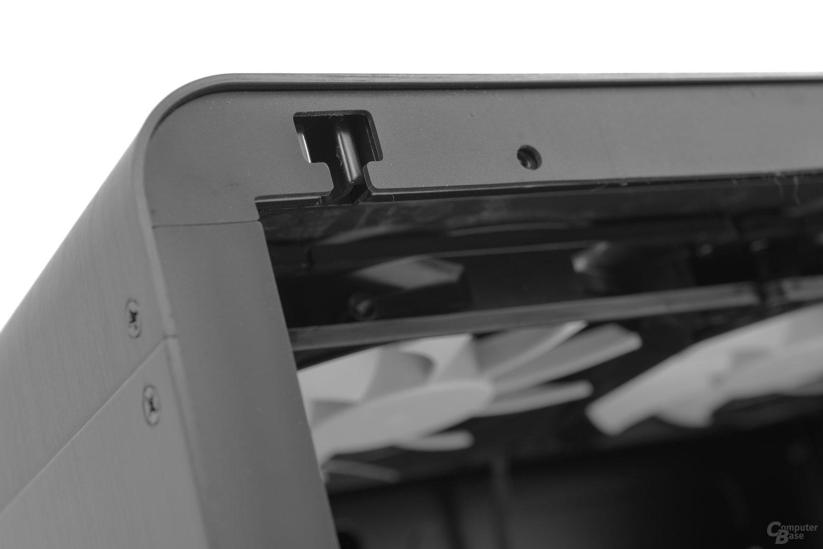 Jonsbo UMX4 – Das Gehäuse ist rundherum entkoppelt