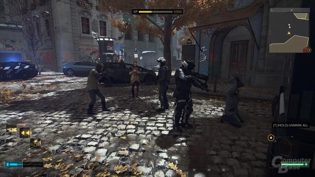 """In Prag sorgt die Polizei für """"Ordnung"""""""