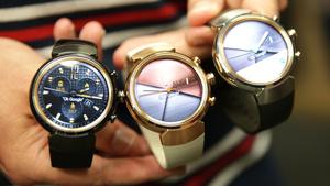 ZenWatch 3 ausprobiert: Asus' runde Smartwatch mit Akkupack als Geheimwaffe