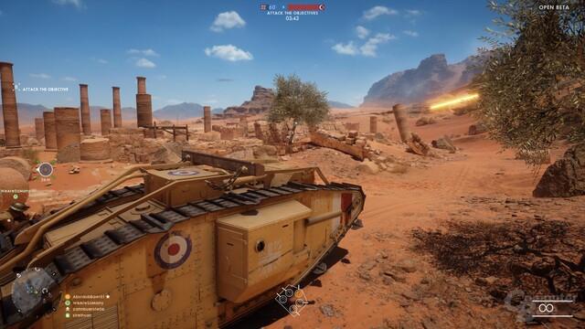 Der britische Panzer hat Geschütze nur an der Seite
