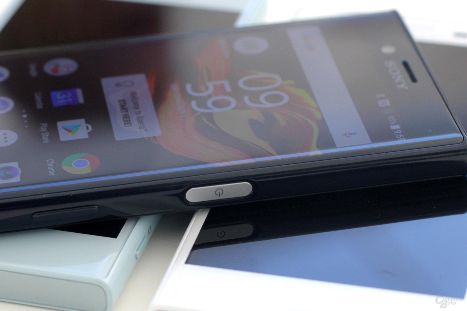 X Compact mit Fingerabdruckscanner im An-Aus-Schalter