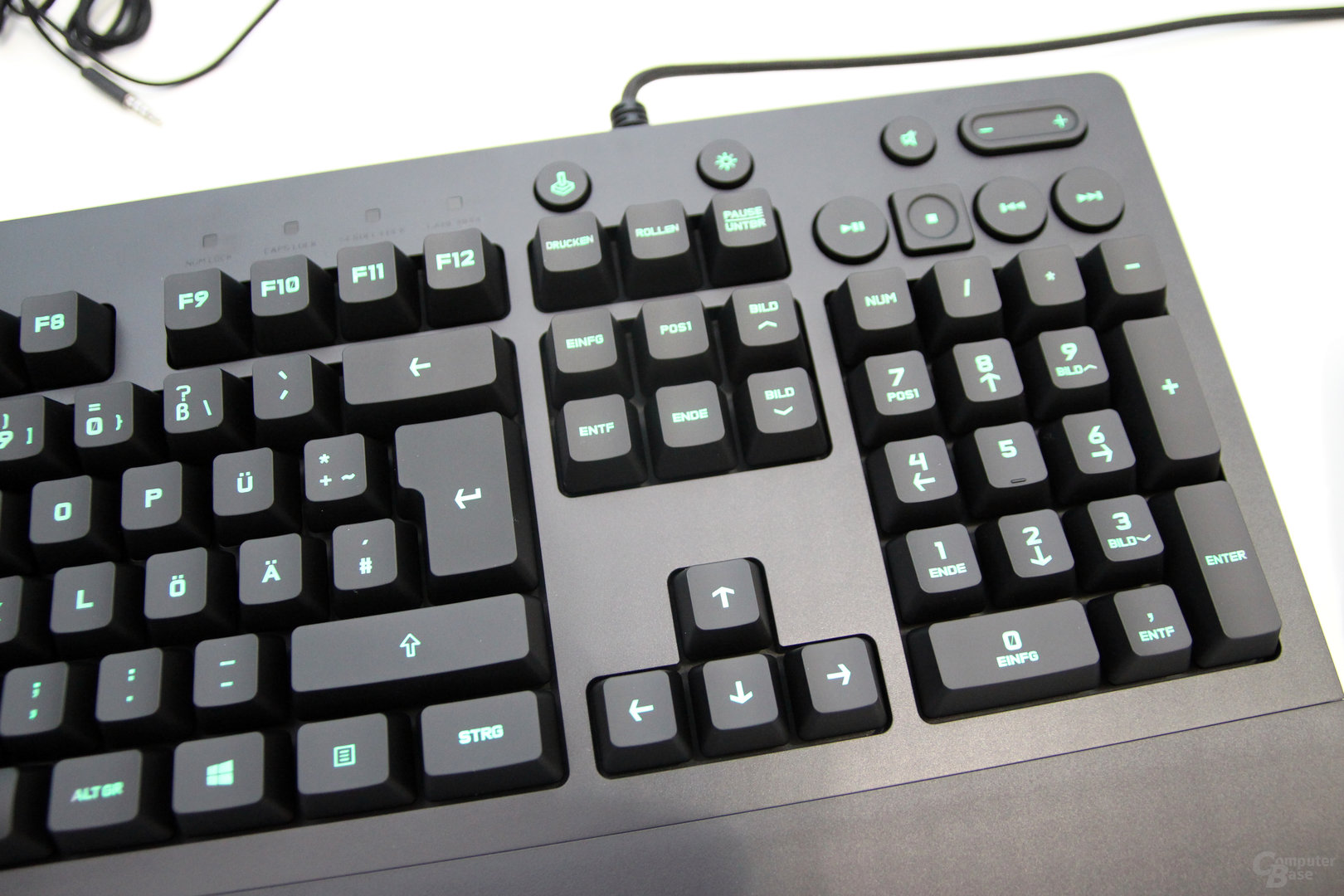 how to clean a logitech g213 keyboard