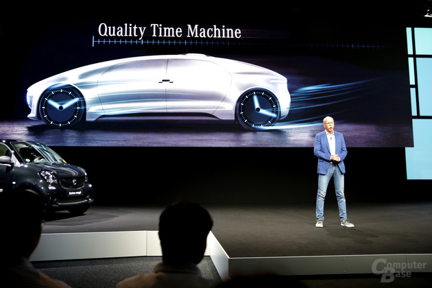 "Dr. Dieter Zetsche zur Keynote ""The car as a quality time machine"""