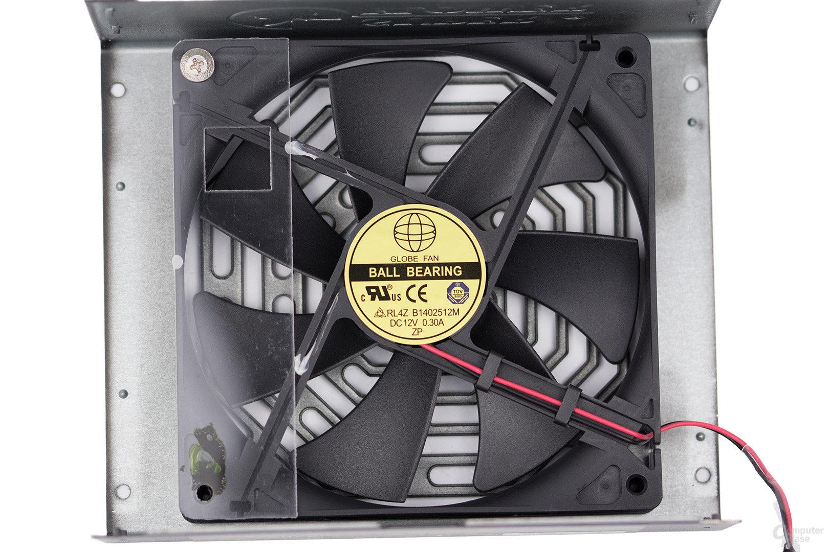 Super Flower Leadex Titanium 850W – Lüfter