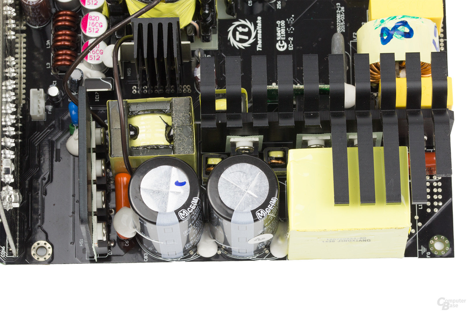 Thermaltake DPS G Platinum 850W – APFC und Vollbrücke