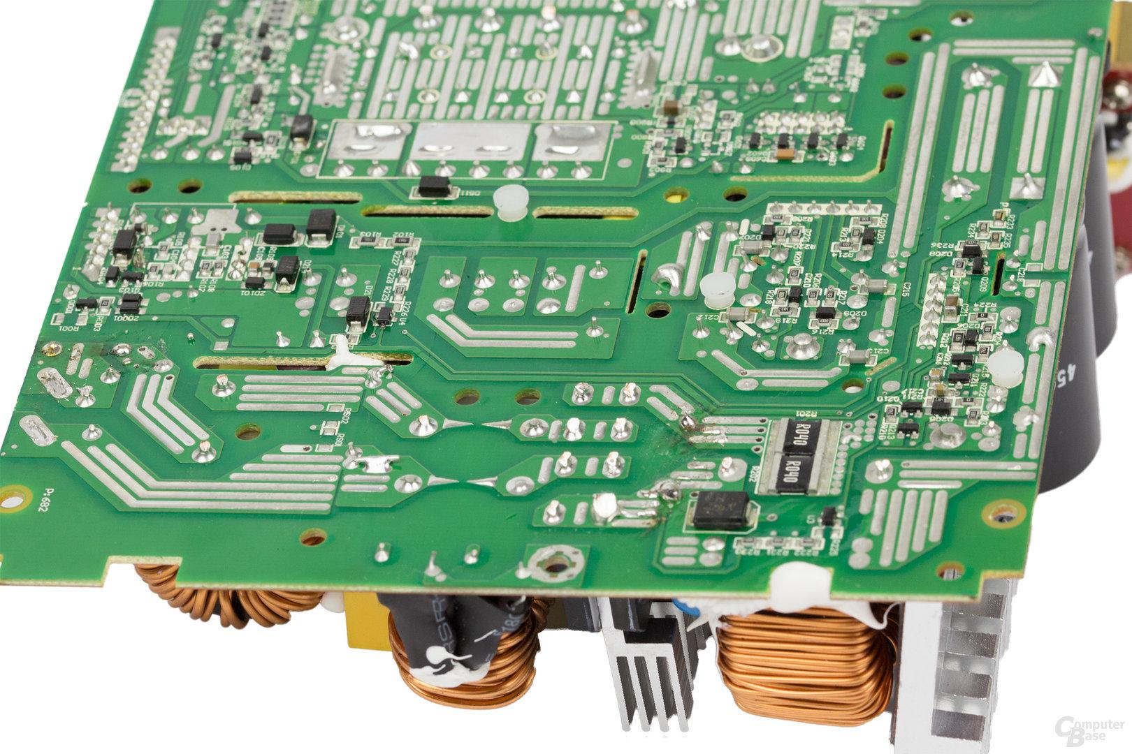 Cooler Master V850 – Lötqualität (Primärseite)