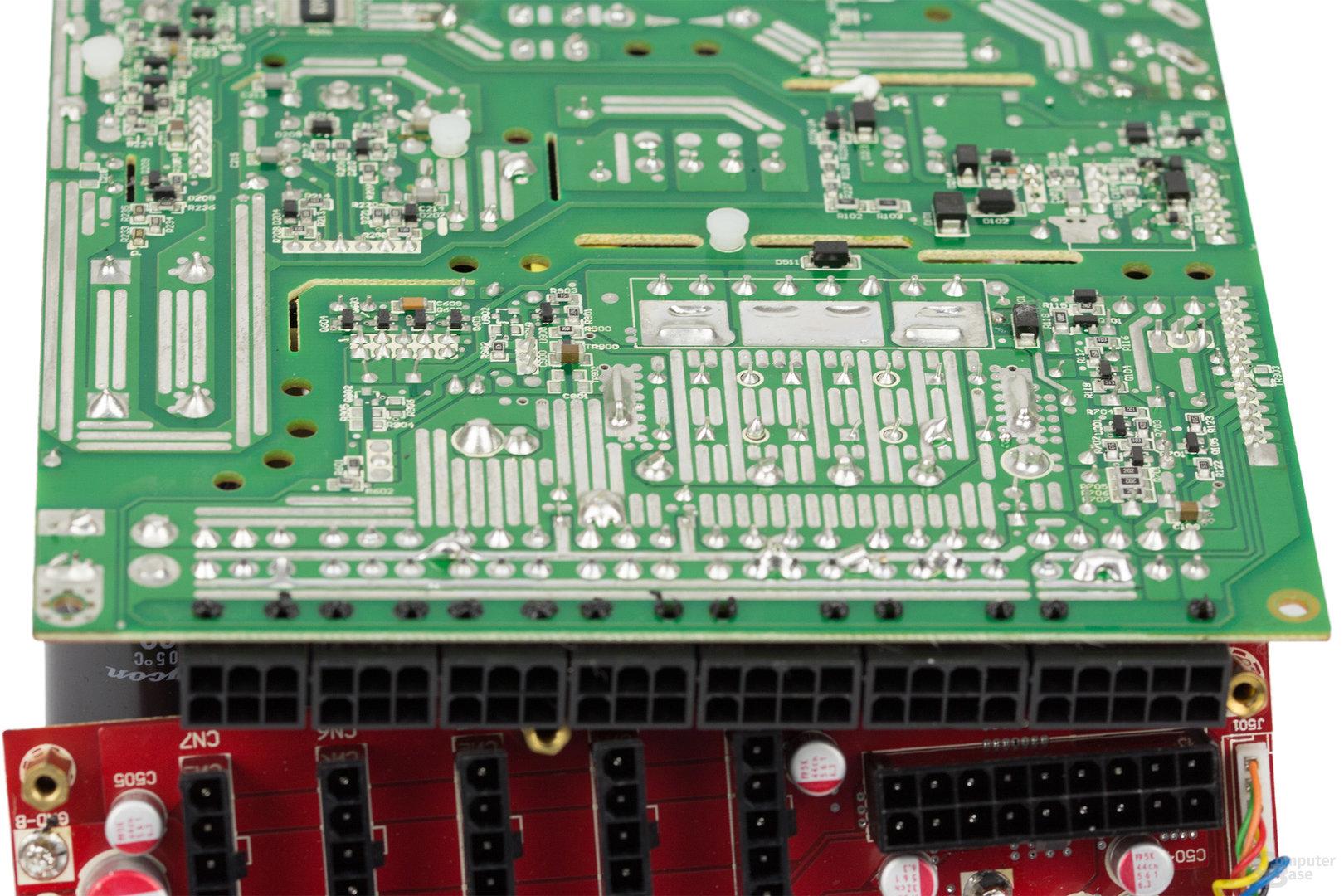 Cooler Master V850 – Lötqualität (Sekundärseite)