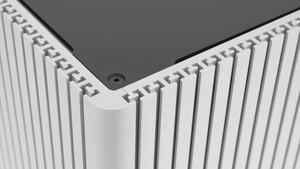 Streacom DB4 im Test: Augenweide aus Alu kühlt CPUs mit 65 Watt TDP passiv