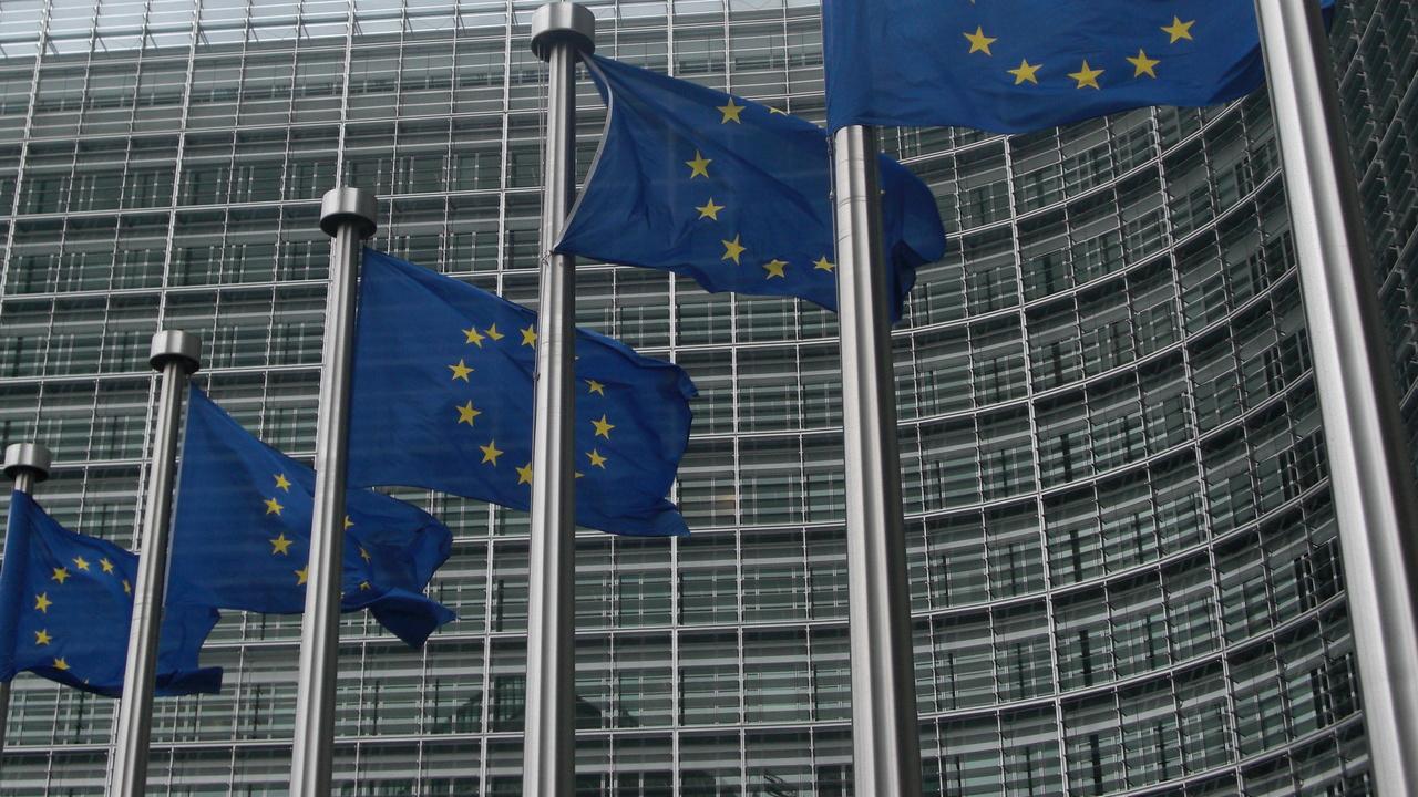 Wettbewerbsverfahren: EU plant hohe Strafe für Google wegen Android