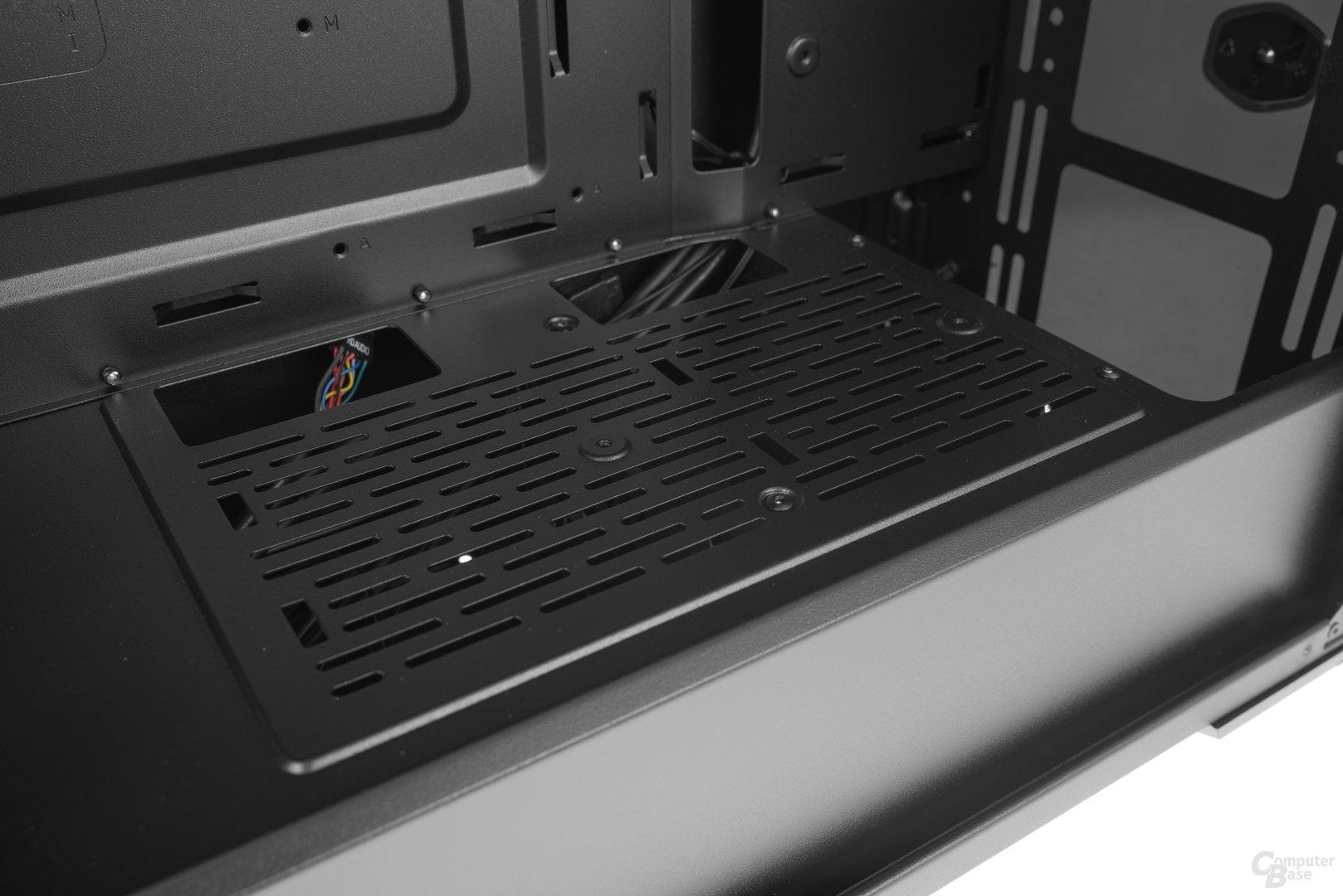 """CoolerMaster MasterBox Lite 5 – Weitere 2,5""""-SSD-Aufnahmeplätze mittels optionalen Brackets"""