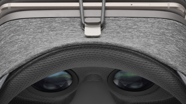 Daydream View: Googles VR-Headset mit Stoffbezug für 69 Euro