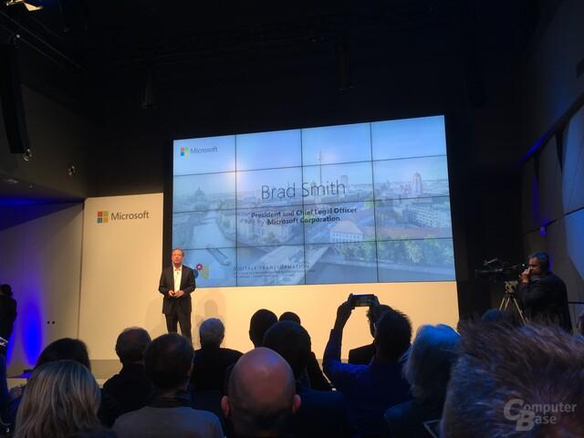 Microsofts Chief Legal Officer stellt die Denkschrift vor