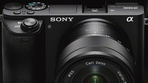 Alpha 6500 und RX100 V: Sonys APS-C-Flaggschiff und 1-Zoll-Kamera verbessert