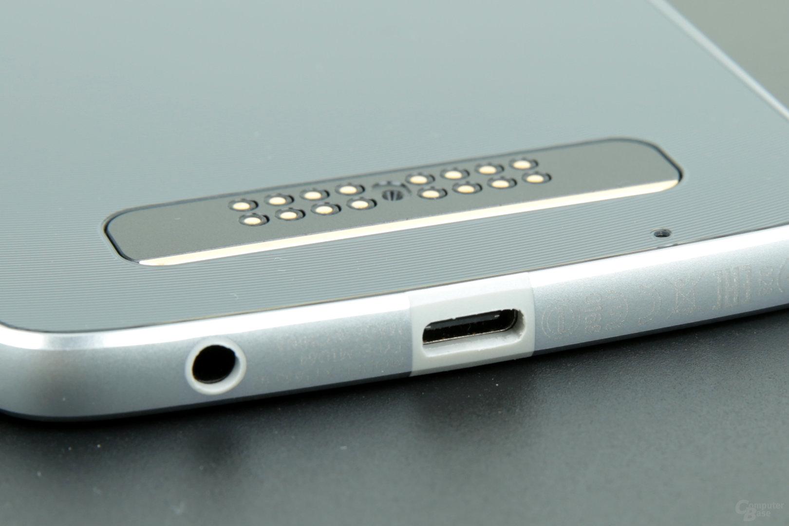 USB Typ C mit schlecht gefräster Buchse