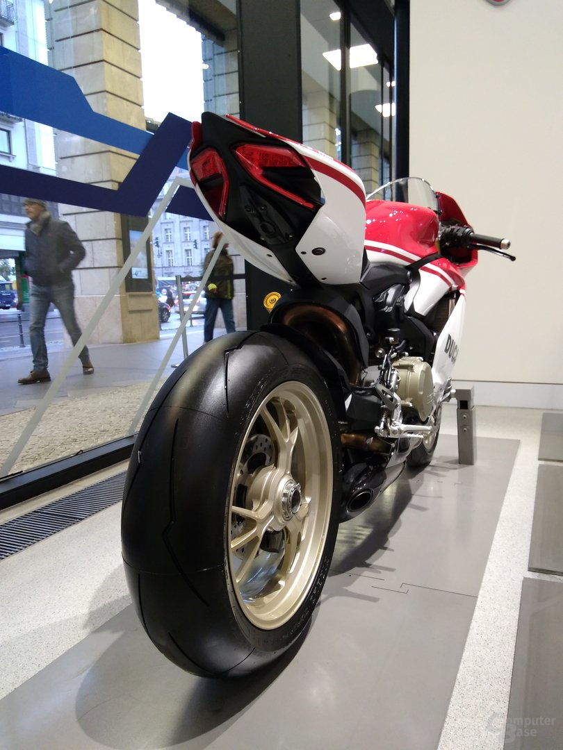 Moto G4 Play – f/2.0 – ISO 100 – 1/30 Sek.