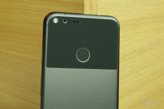 12,3-Megapixel-Kamera mit Sony-Sensor und großen Pixeln