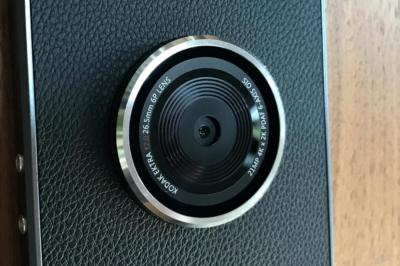 Kamera mit 21 MP und OIS