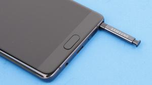 Samsung Galaxy Note 7: Austausch an Flughäfen, Verbote und Klage