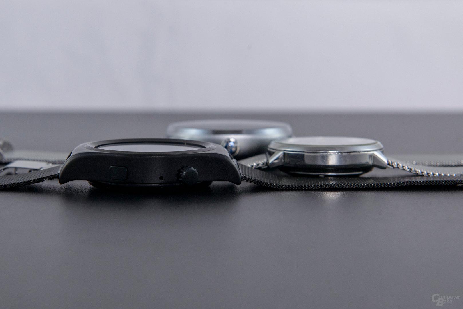 X10 Smartwatch Größenvergleich