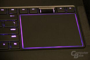 Anstelle der Switchblade UI wieder ein Touchpad