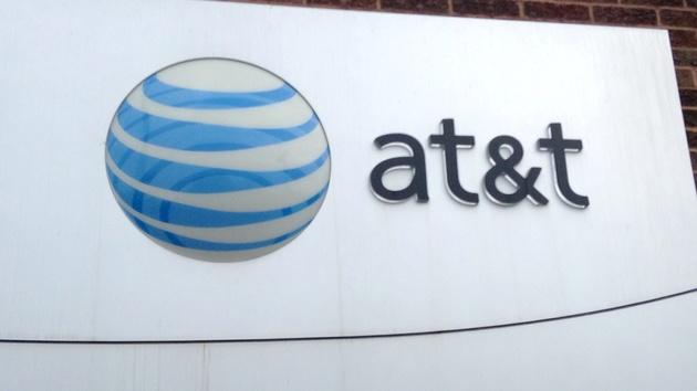 Telko-Branche: AT&T übernimmt Time Warner für 85 Milliarden Dollar