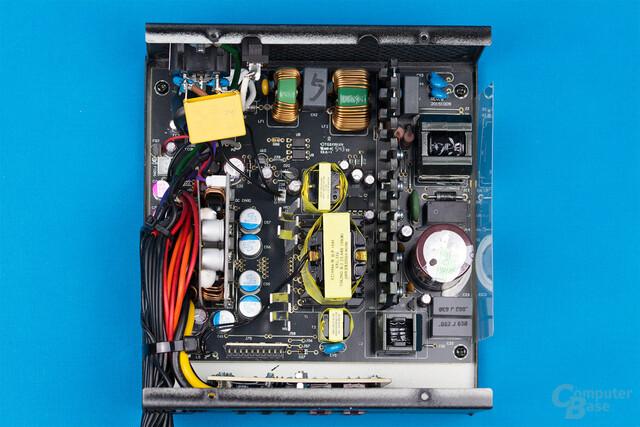 Enermax Revolution X't II 550W – Überblick Elektronik