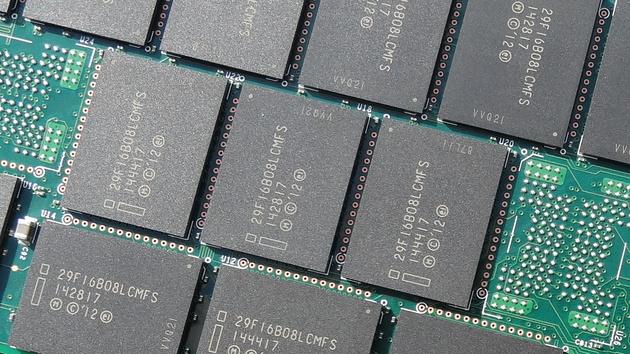 Firmware-Update: Intel bessert bei SSD 750 Series erneut nach