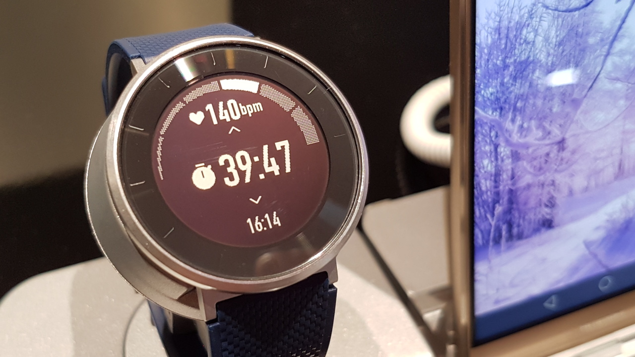 Huawei Fit: Fitness-Tracker mit hellem Display im Uhren-Design