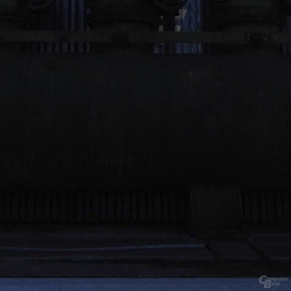 Hasselblad True Zoom – 3 Blenden unterbelichtet
