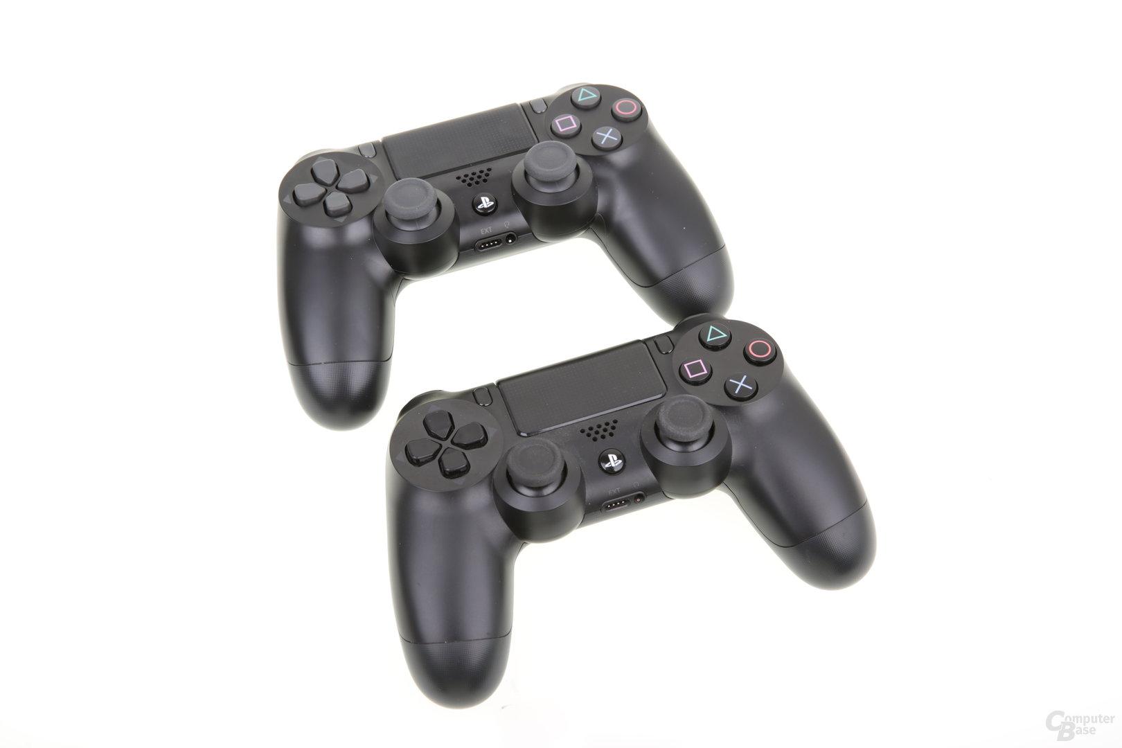 Controller der PS4 Pro (oben) und der originalen PS4 (unten)