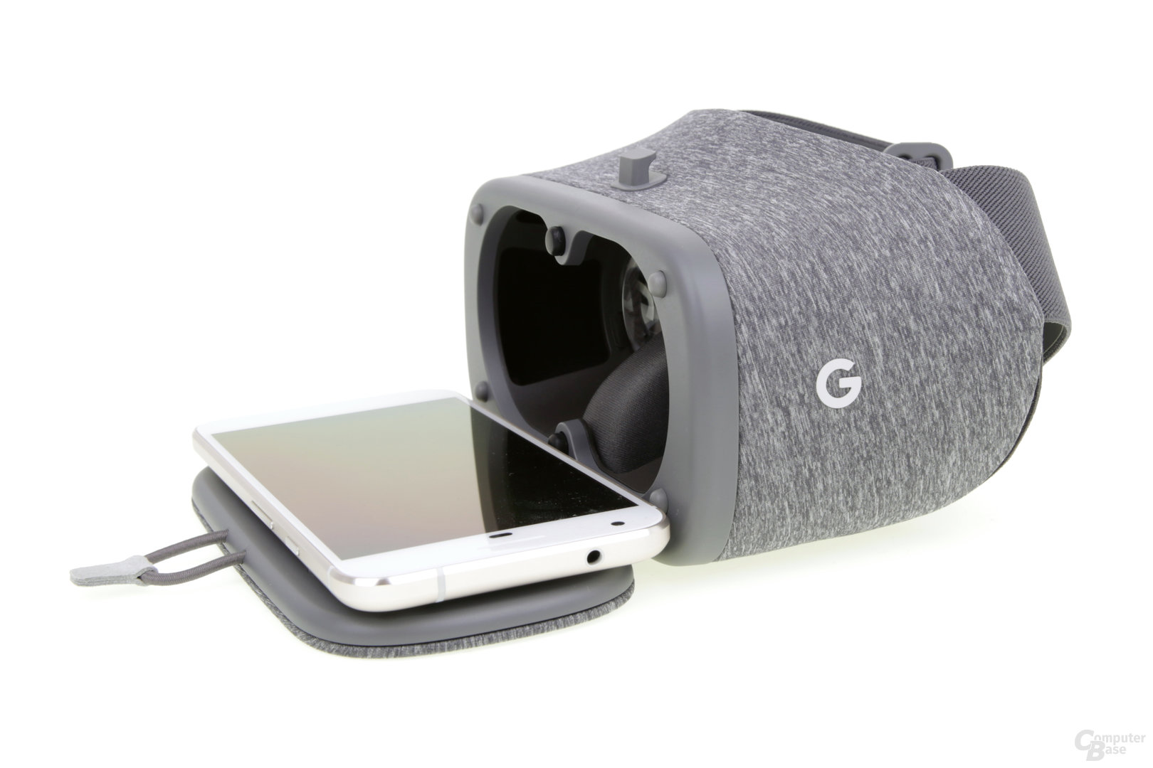 Per NFC im Deckel erkennt das Smartphone die Brille