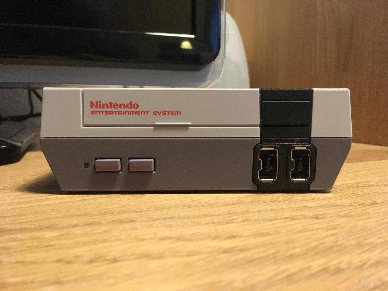 Der Nintendo Mini Classic wiegt weniger als ein Smartphone