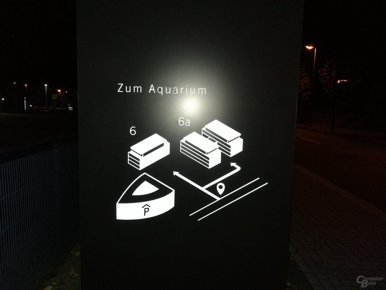 Huawei Mate 9 – Nacht mit Blitz (f/2.2, ISO 400, 1/25s)