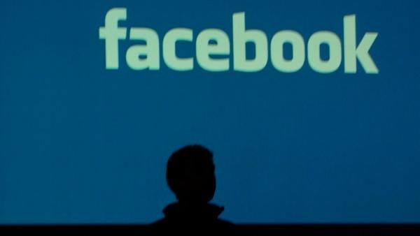 Facebook: Nutzer und Fact-Checker gegen gefälschte Nachrichten