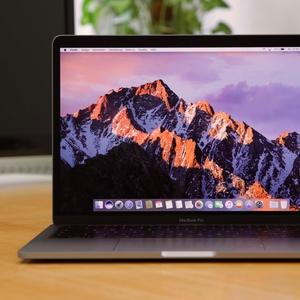 MacBook Pro 13 Zoll im Test: Ohne Touch Bar, aber mit schneller 15-Watt-CPU