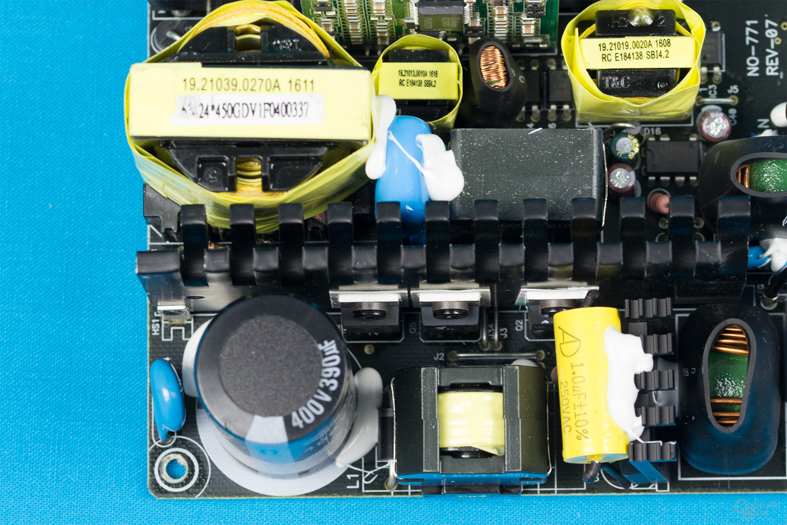 Cougar GX-S450 – APFC und LLC-Halbbrücke