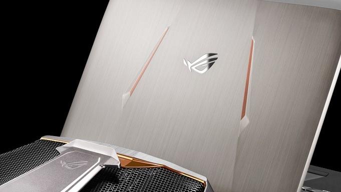 Asus ROG GX800: Notebook mit 18,4 Zoll und Wakü kostet 5.555 Euro