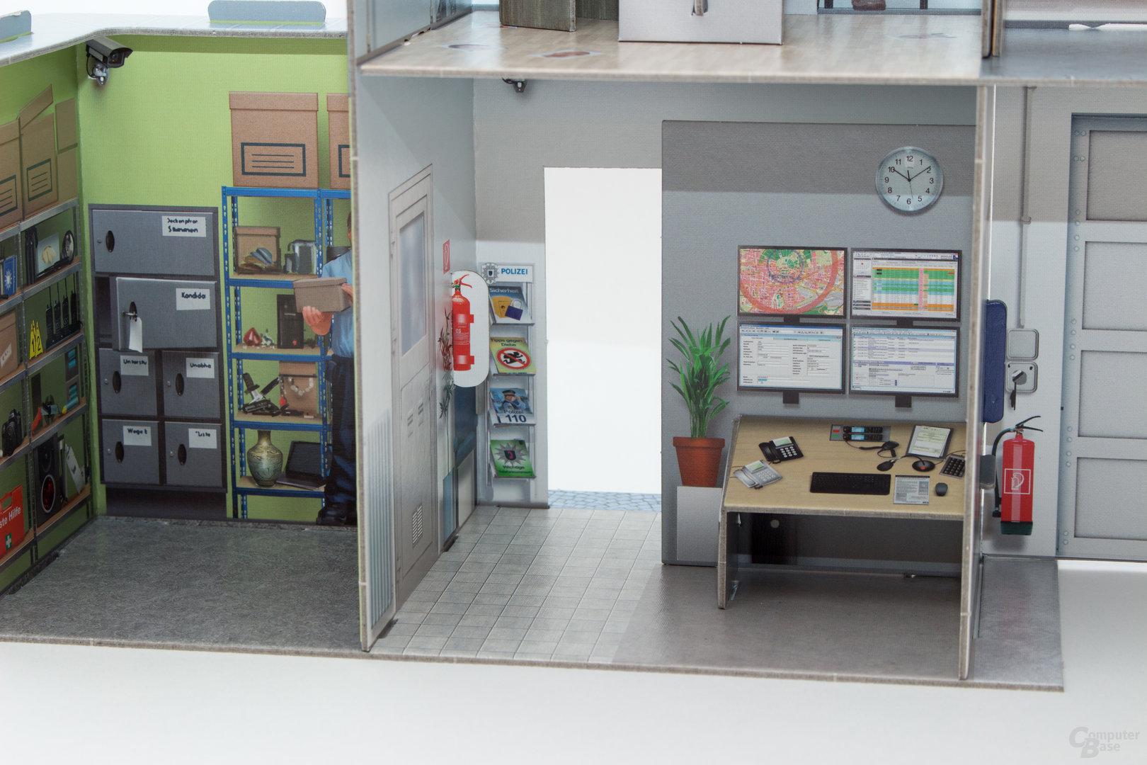 Die Polizeistation bietet viele Dinge, die Entdeckt werden wollen