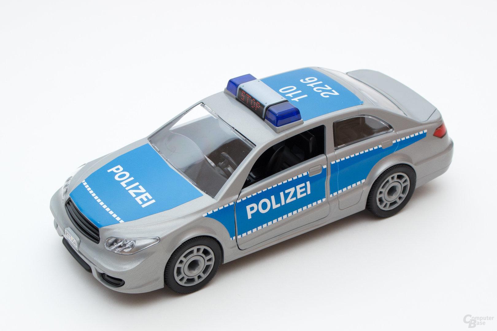Das Polizeiauto ist schnell zusammengebaut und bietet viele Möglichkeiten