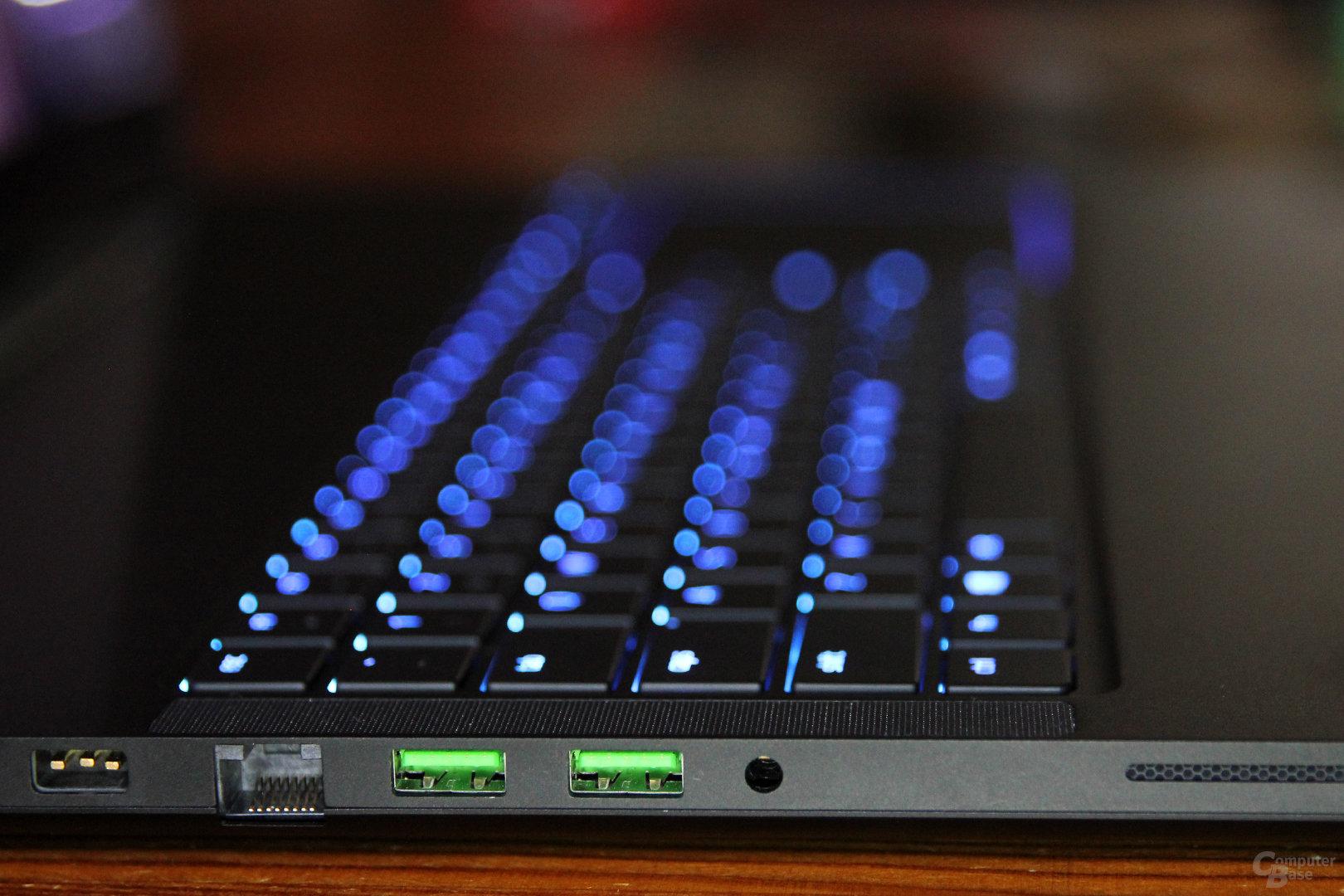 Gigabit-LAN, 2x USB 3.0, Audio-Kombo