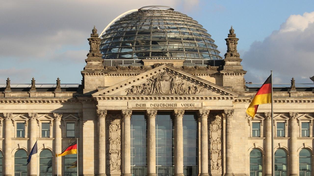 Fake-News: Furcht vor einer manipulierten Bundestagswahl